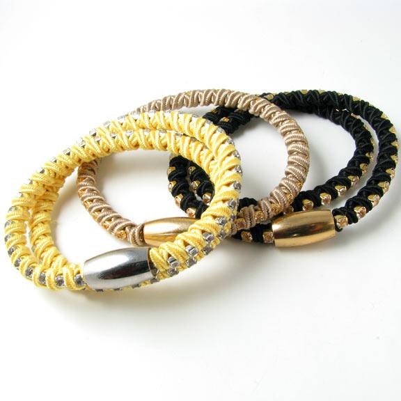 Wraparmbånd med krystal og magnetlås