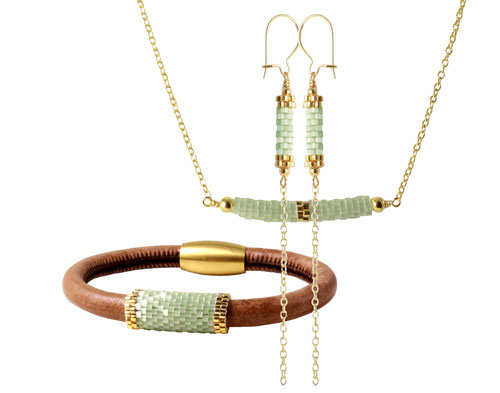 Smykker med delica perler og peyote stitch