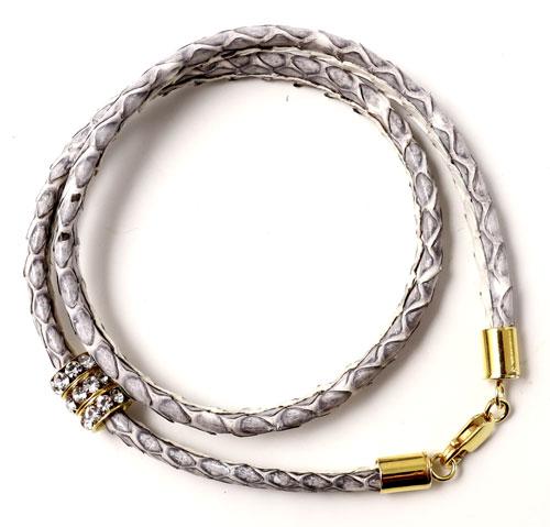 armbånd med slangeskind og karabinlås