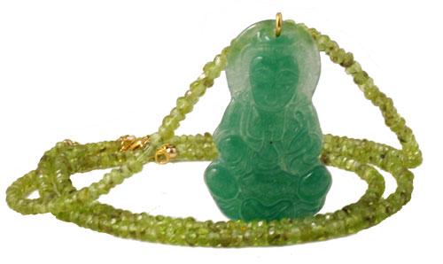 Halskæde med peridot og buddha vedhæng i jade