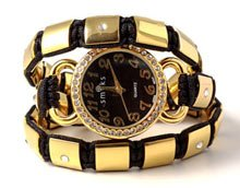 DIY Armbånd med ur, knyttet med firkantede stålperler.