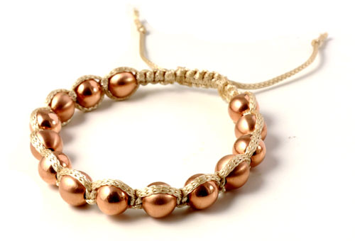 Knyttet armbånd med rosa guld perler