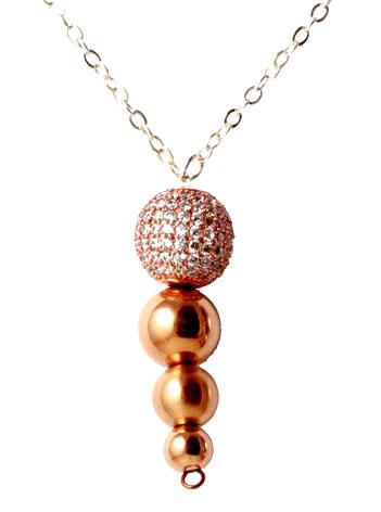 Halskæde med rosa forgyldte perler og krystaller