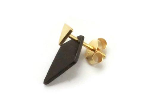 ørestikker med trekant i forgyldt sterlingsølv