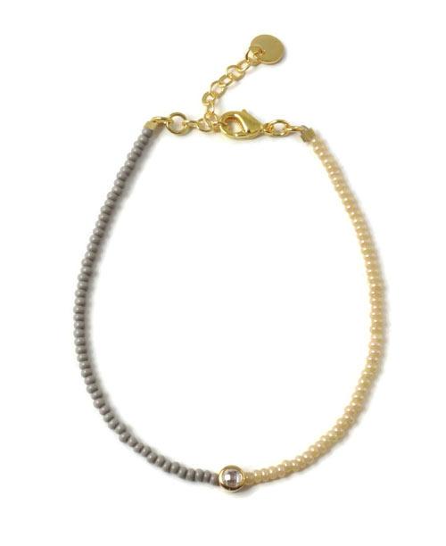 Armbånd med seed beads og indfattet krystal i forgyldt sterlingsølv