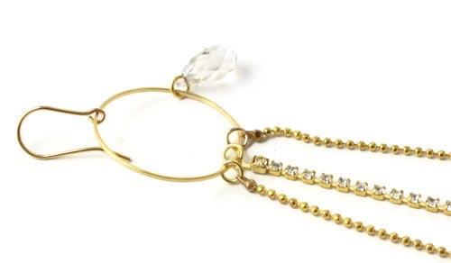 forgyldt ring med swarovski krystal dråbe