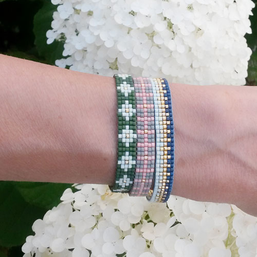 diy vævet armbånd med 5 rækker delica perler