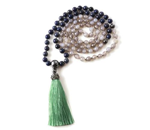 DIY Mala necklace halskæde med grå agat og lapis lazuli