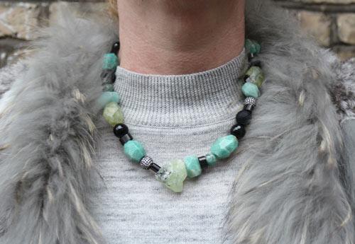 Halskæde med prehnit, amazonit og onyx