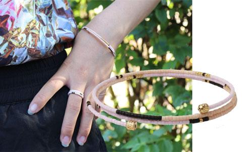 smykker med memory wire og delica perler