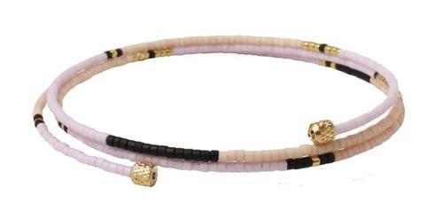 Armbånd med Delica perler og memory wire
