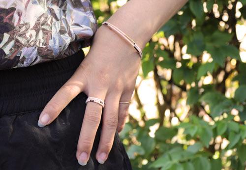 Fingerring og armbånd med Delica perler
