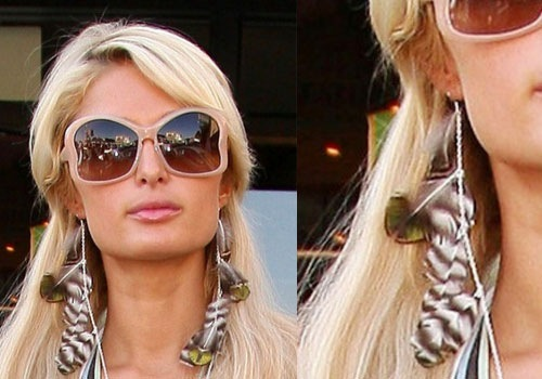 feather-earrings-paris-hilton