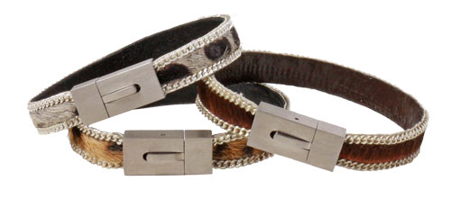 Armbånd med magnetlås og kæde