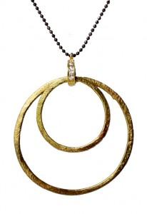 halskæde med kuglekæde og forgyldte ringe