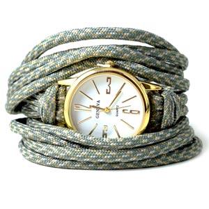 armbånd med ur og paracord