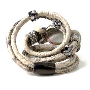urarmbånd med slangeskind og magnetlås