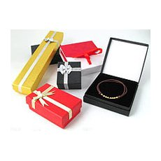 Jewellery boxes & pouches